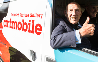 Sir Stirling Moss behind the wheel of new Gallery Artmobile