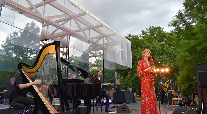 Florence and the Machine perform at Dulwich's inaugural summer party